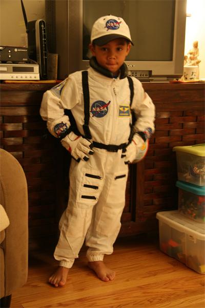 zombie astronaut costume - photo #17